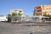 Siverek'te Yol Kapatma Eylemine Biber Gazlı Müdahale