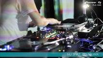 DJ Kentaro probando Pioneer DJ PLX-1000