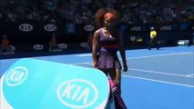 Open dAustralie  Serena Williams détruit sa raquette Australian Open Serena Williams destroyed his racket!