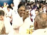 Amritavarsham 60 - Amma gave Darshan continuously for almost a day!!