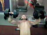 Как накачать грудь - №142. Жим гантелей лежа 40 кг на 20 чисто