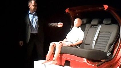 Airbag de ceinture dans la Ford Mondeo (2014)