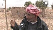Cerca de 200.000 kurdos han tenido que huir de sus casas en Kobani y refugiarse en pueblos fronterizos de Turquía.