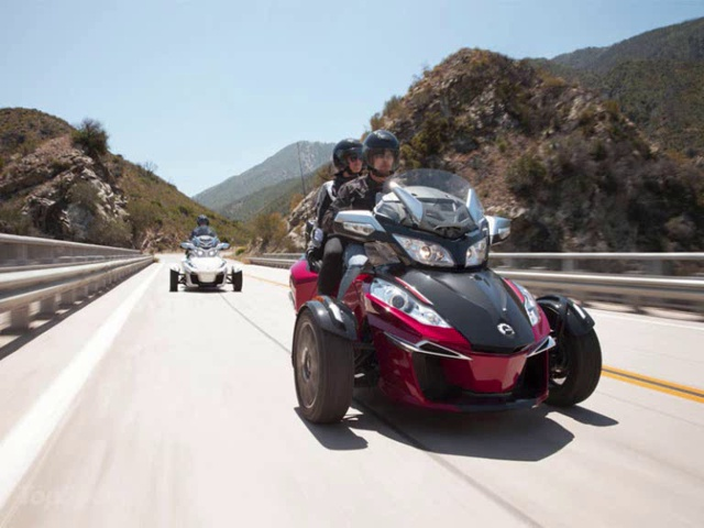 2015 Can-Am Spyder RT-S