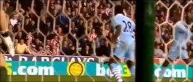 Superbe but de Peter Crouch contre Manchester City
