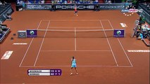 Wozniacki V.S Goerges Highlights (Stuttgart 2011) (HD)