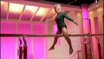 Vieille dame fait de la gymnastique comme une pro ! Impressionnant