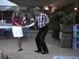 Danse et tombe