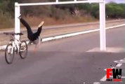 [+18 ~ Sexy Funny Girl]Bike stunt goes wrong - Fails World