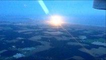 Le lancement raté de la fusée vu d'un avion