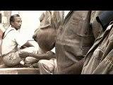 Colas Madagascar a intégré dans ses équipes un jeune ébéniste sourd et muet de naissance. Afin de mieux communiquer avec ses collègues, celui-ci a inventé une langue des signes qui lui permet de dépasser son handicap. Ce court métrage a remporté le Grand