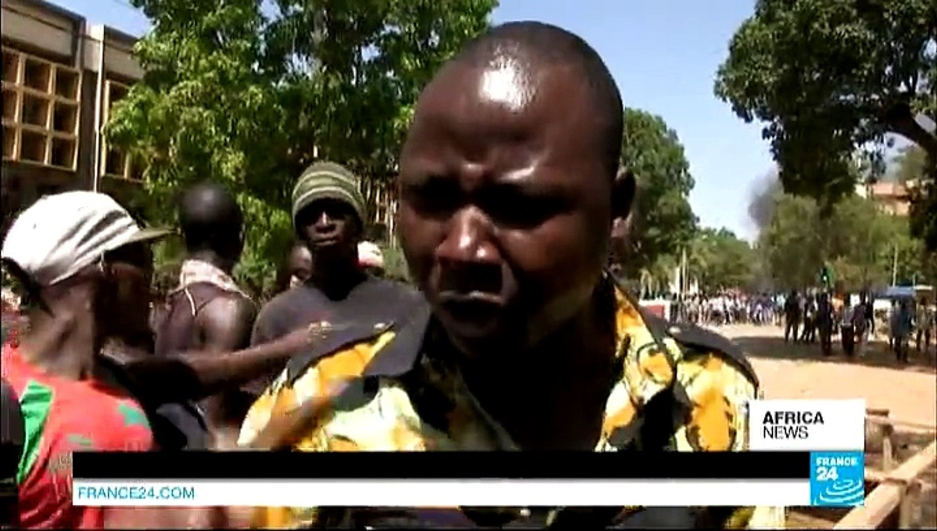 AFRICA NEWS - Burkina Faso's army announces dissolution of government and parliament