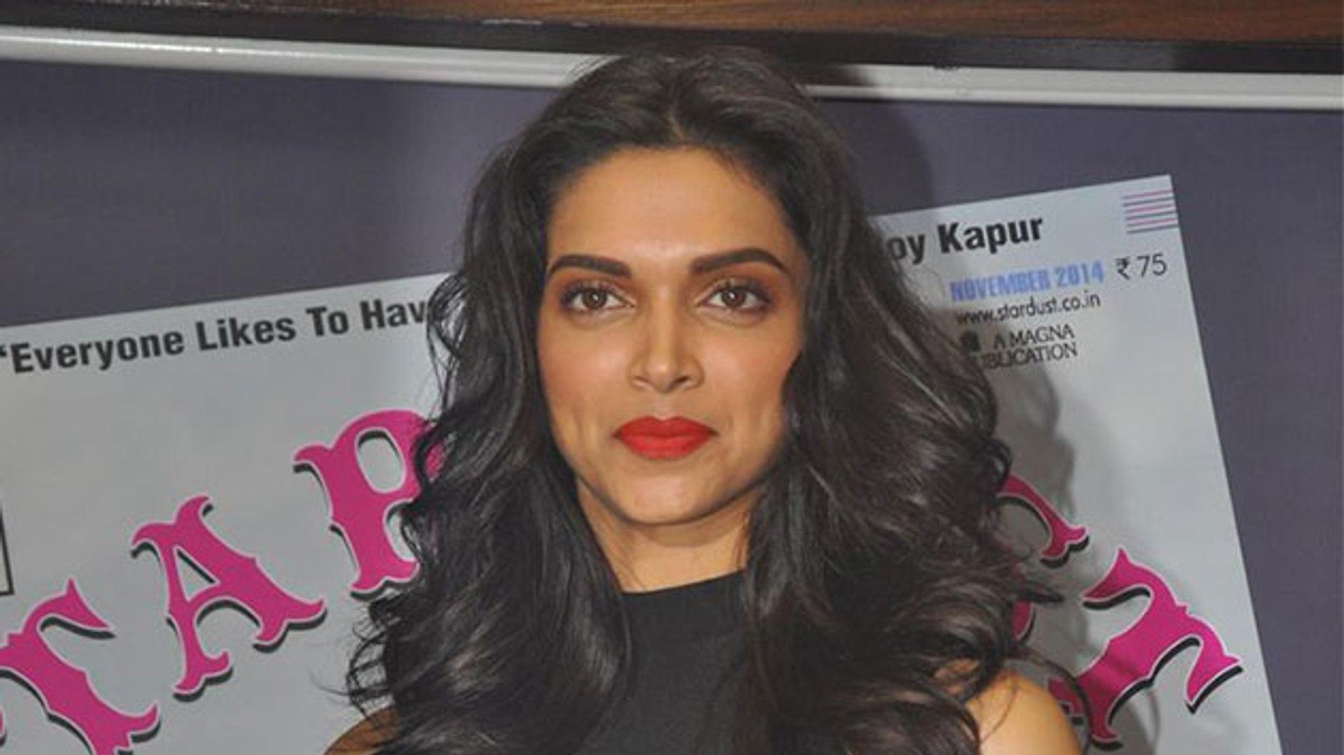 Deepika Padukone Launches Stardust Magazine