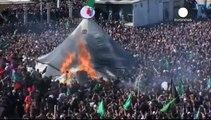 الشيعة يحيون ذكرى عاشوراء في مدينة كربلاء