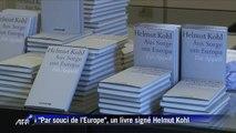 """Allemagne: Helmut Kohl lance son livre """"Par souci de l'Europe"""""""