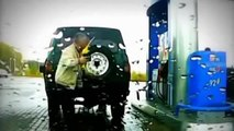 Mauvais coté de la pompe à essence