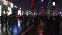 Marcha comunista en Moscú para conmemorar la revolución bolchevique de 1917