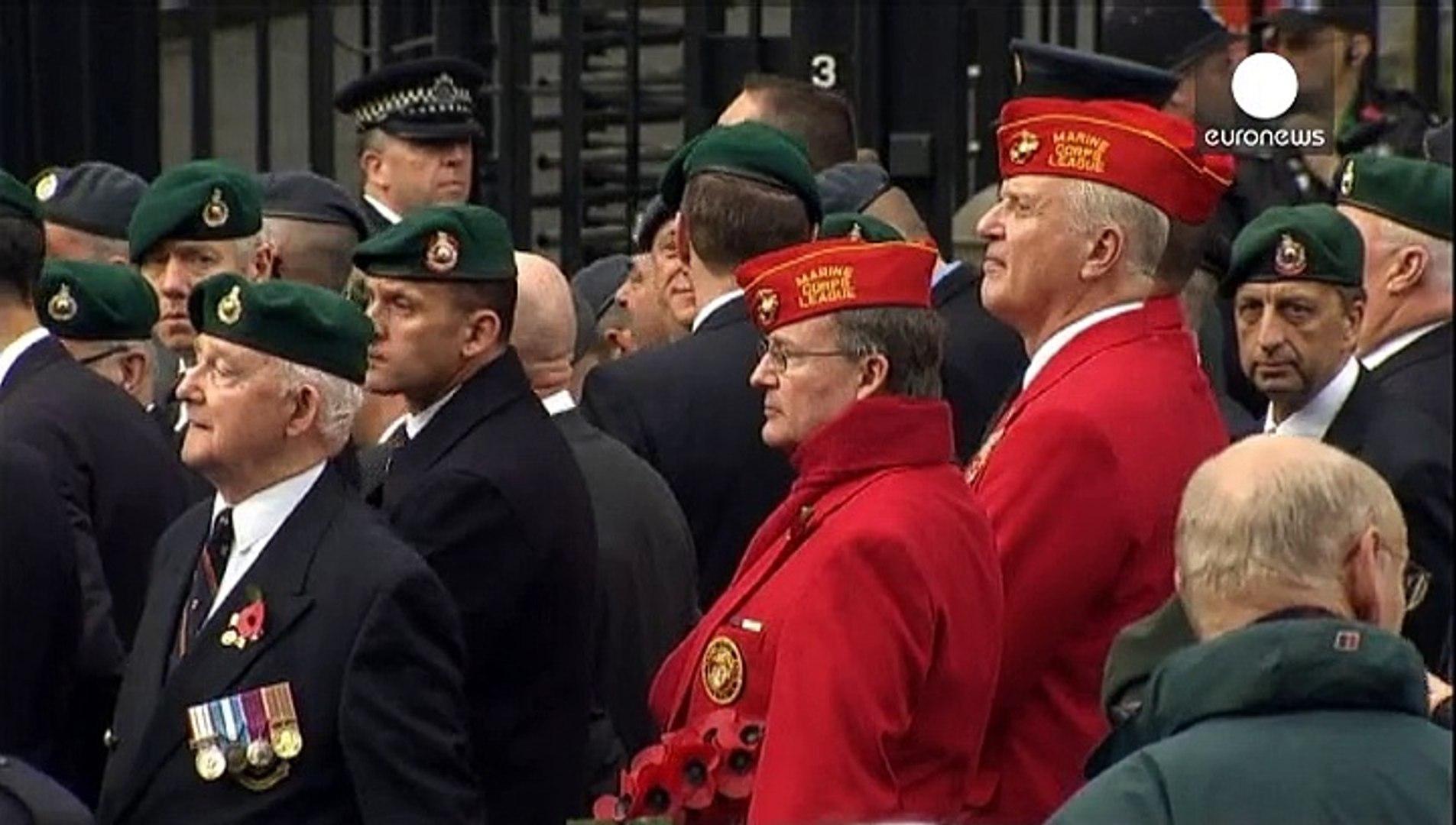 بريطانيا تكرم جنودها الذين سقطوا في ساحات القتال