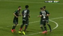 Worst and most ridiculous corner-kick ever... Dumb soccer players!