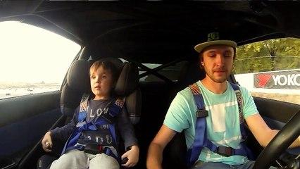 Un papa fait des drifts dans sa Subaru avec son fils | 1001Pneus