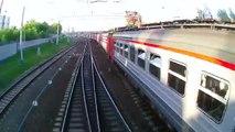 Les russes sont les plus fous : regardez ces ados sauter entre deux trains en marche !