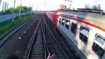 Trainsurfing : saut entre deux trains en marche en Russie