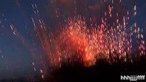 Accident de feu d'artifice, l'usine entière prend feu et explose et on se croirait en pleine guerre!