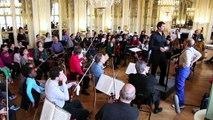 « Rencontres à Valois » entre les élèves de CM2 de l'école élémentaire Mathis (Paris 19ème) et les musiciens de l'Orchestre de chambre de Paris