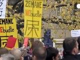 پرتاب تخم مرغ به رئیس جمهوری چک در سالگرد انقلاب مخملی