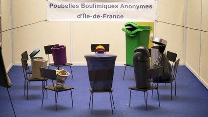 Au restaurant scolaire (les poubelles boulimiques anonymes)