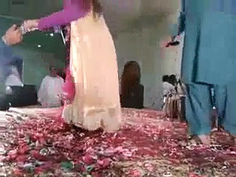 Daily D10 Hot videos updates Porn Stars sex Pashto Nadiya Gul New Stage Local Dance 2014