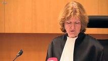 Une chaise lancée sur une juge dans un tribunal