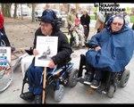 VIDEO. Manifestation de l'APF contre l'enterrement de la loi sur l'accessibilité à Niort