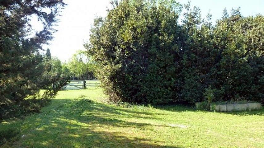 A vendre - Maison/villa - Arles (13200) - 9 pièces - 210m²