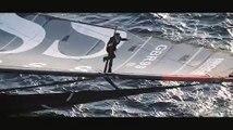 Voile : quand Alex Thomson escalade le mât de son voilier en pleine mer !