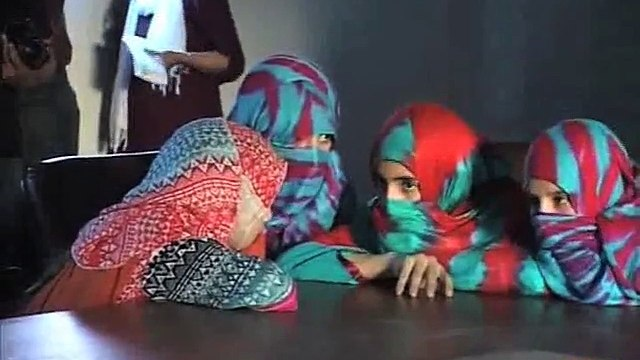 Dunya News - 33 KP girls recovered: Case to be registered for unjust detention