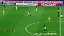 Ronaldinho Dribbling Skills - compilation of this crazy AC Milan player!