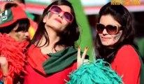 Beautiful Anchor Interview by Beautiful Girls ᴴᴰ Before 30 November  Imran Khan Pti Jalsa  (EXCLUSIVE)