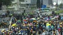 Χονγκ Κονγκ: Βίαιες συγκρούσεις αστυνομίας και διαδηλωτών