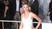 Jennifer Lawrence bewegt sich in Richtung der Top 40 der Billboard Hot 100 Charts