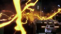 2014.12.01 Stephen Amell @ The Flash vs Arrow (extended trailer)