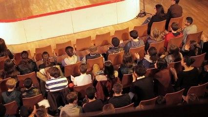 Reportage sur le match d'impro inter-collèges de Lille 2014