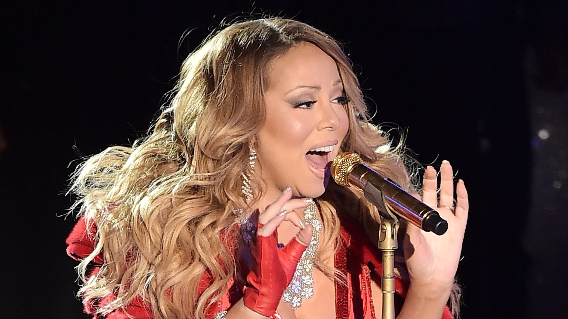 Mariah Carey All I Want For Christmas Mic Feed.Hear Mariah Carey S Disastrous All I Want For Christmas Is You
