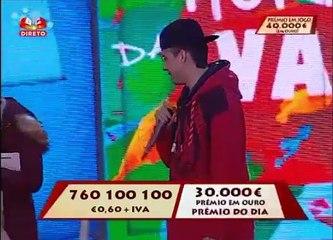 """Bêbado invade o palco do """"Portugal em Festa"""""""