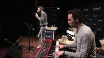 """Christophe Willem chante """"L'été en hiver"""" en live"""