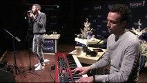 """Christophe Willem chante une reprise de """"Skyfall"""""""
