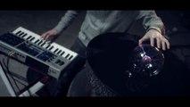 Science VS  musique : CYMATICS - Clip fabuleux utilisation les vibration des ondes sonores!