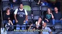 Danse ridicule d'un fan des SPURS! Dance cam NBA