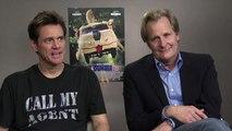 Dumb et Dumber 2 : Jim Carrey et Jeff Daniels étaient encore dans leur rôle face à notre journaliste