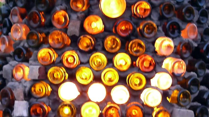 Foire des potiers à Bussière-Badil  2014, la fabrication du four bouteilles